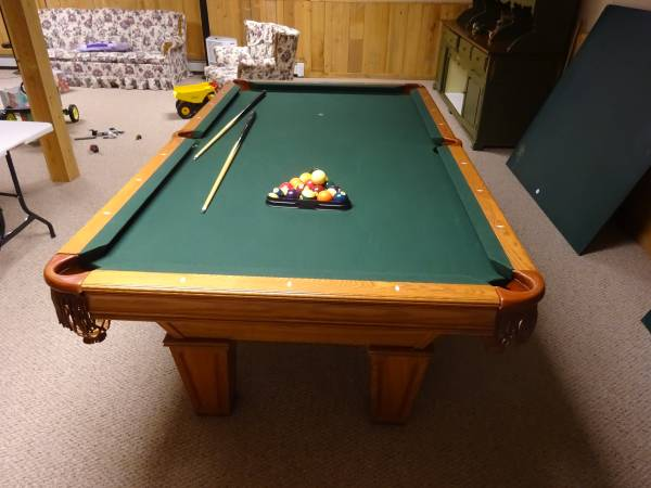 Solo 174 Cumberland Valley Brunswick Pool Table 4